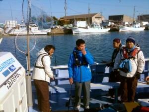 大原漁港 出船前